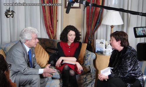 Plaza y Janés nos invitó a la suite de Ken Follet para que hablásemos con él (traductor mediante)