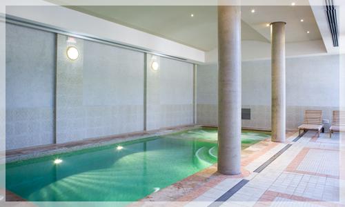 Piscina del spa del Hotel Intur
